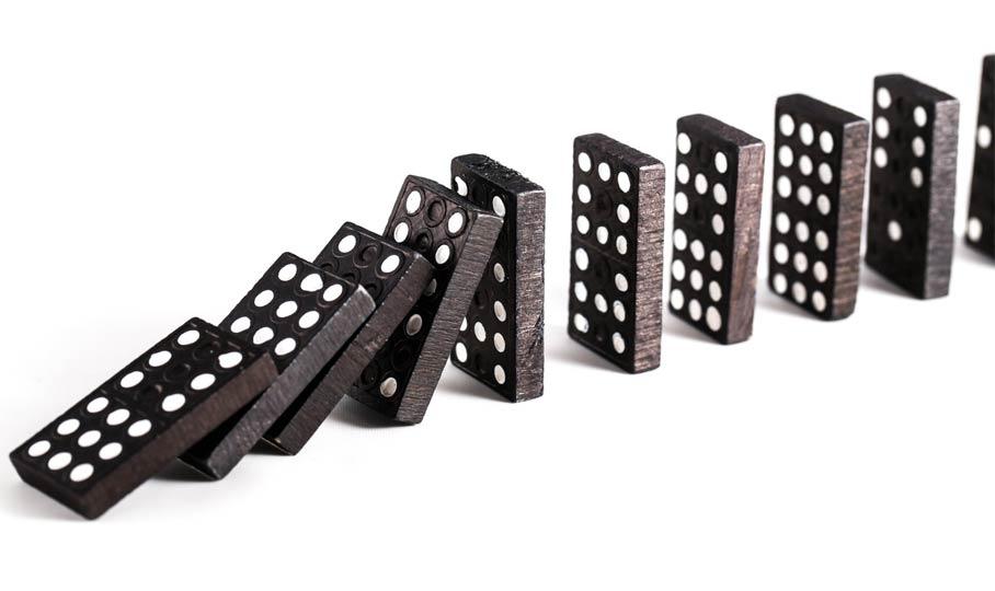umfallende Dominosteine