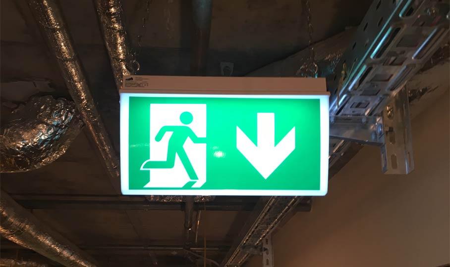 Exit Notausgang Beschilderung
