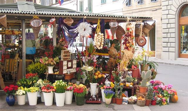 Straßenstand Blumenverkauf